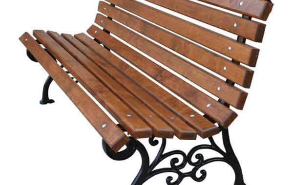 Na co zwrócić uwagę przy zakupie ławki żeliwnej?